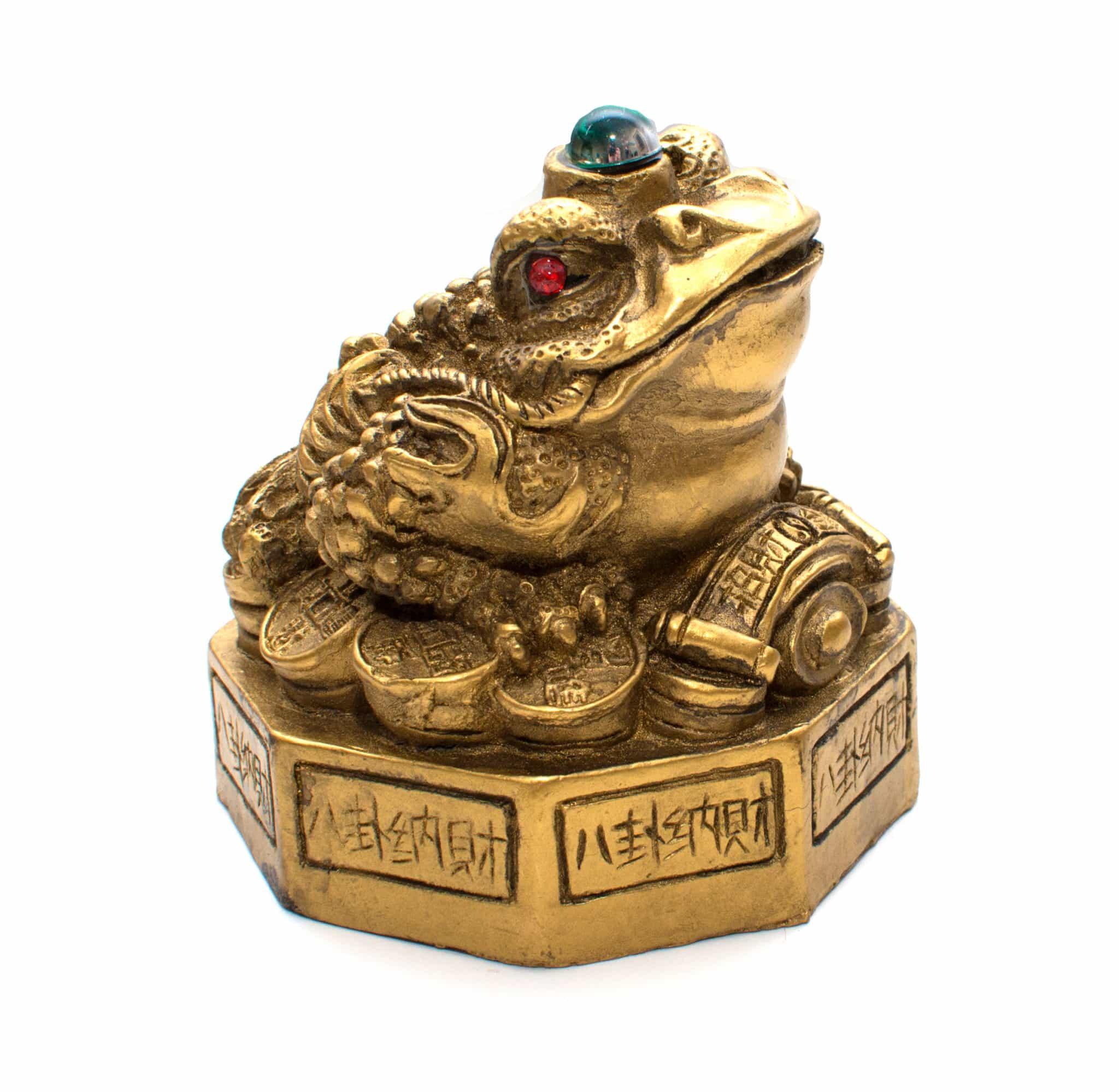 денежная жаба на символе Ба -гуа