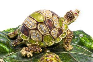 Каким значением обладает черепаха по фэн-шуй