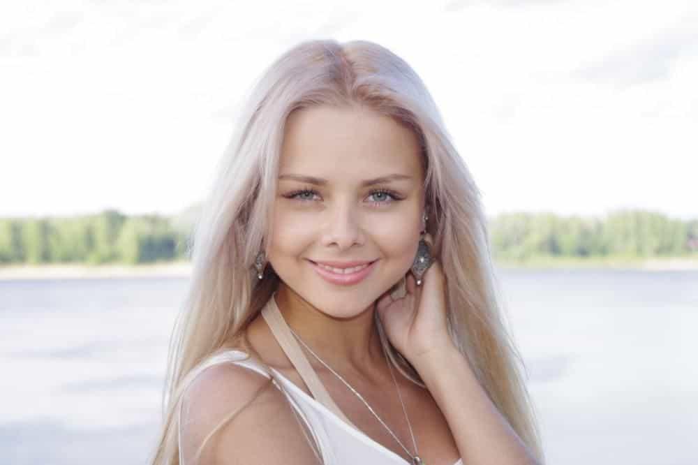 Блондинка