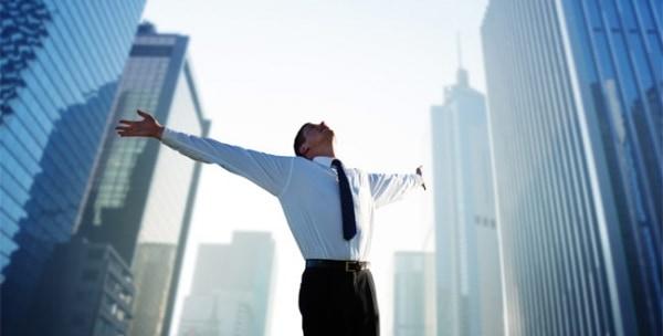 в бизнесе всё обещает быть успешным