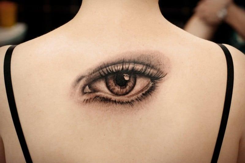 есть очень много вариантов тату глаза