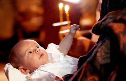 в какие дни можно крестить ребенка