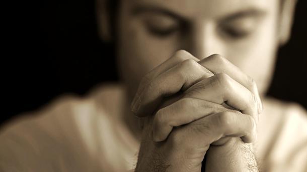 у иконы можно просить прощения грехов