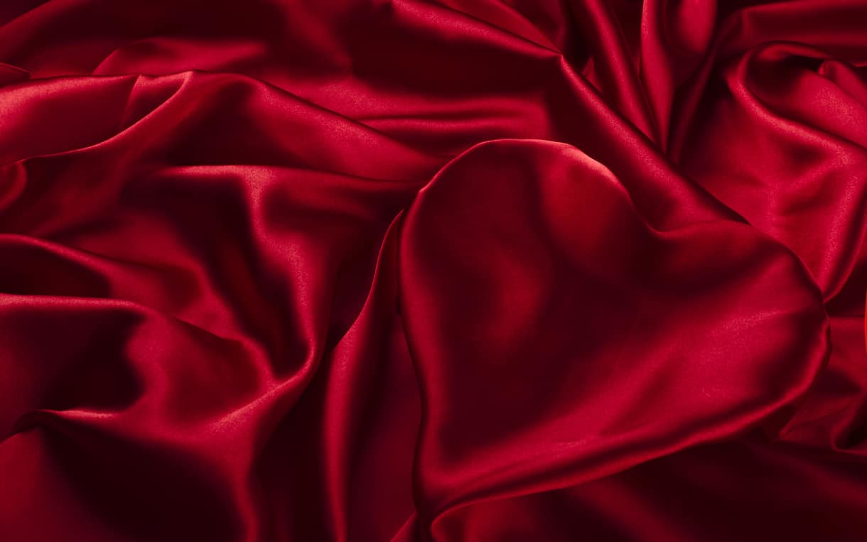 материя красного цвета фото