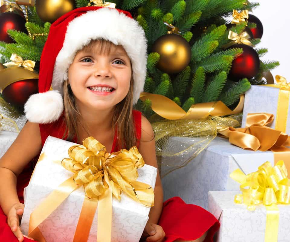 презент для маленькой сестры на новый год
