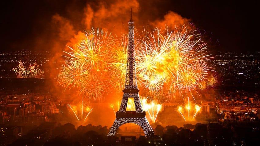 Новый год во Франции - эффектное зрелище