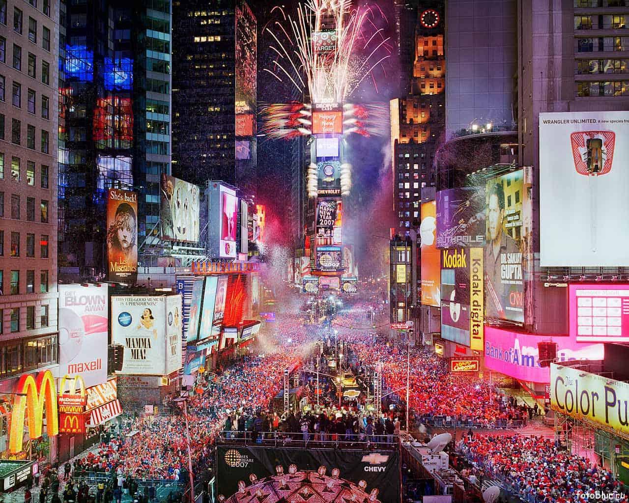 Новый год в США - красочное зрелище