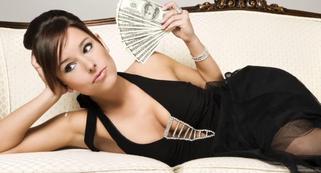 содержанке нужны от мужчины только деньги и блага