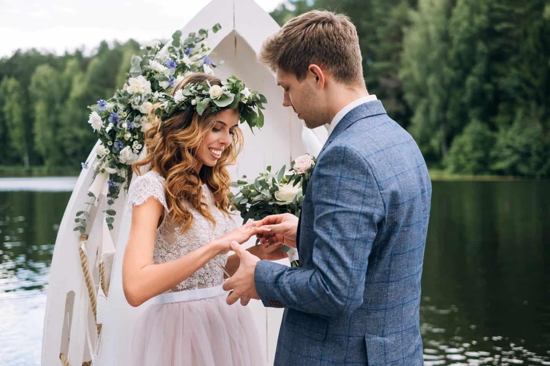август - удачное время для свадьбы