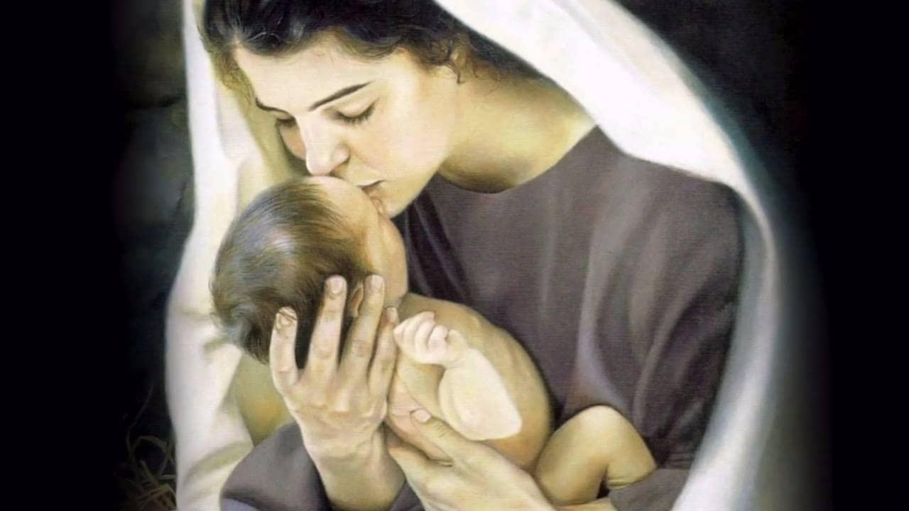 Сильная молитва за дочь: молитва матери о дочери Богородице и другим святым