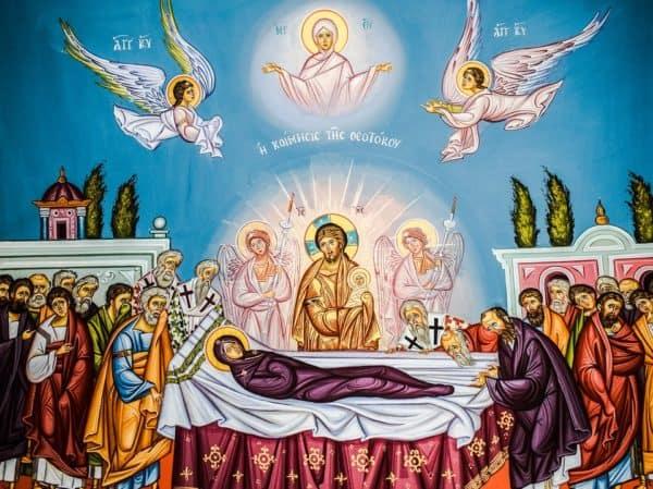 Молитва «Богородица Дева, радуйся»: текст на русском языке, как правильно читать
