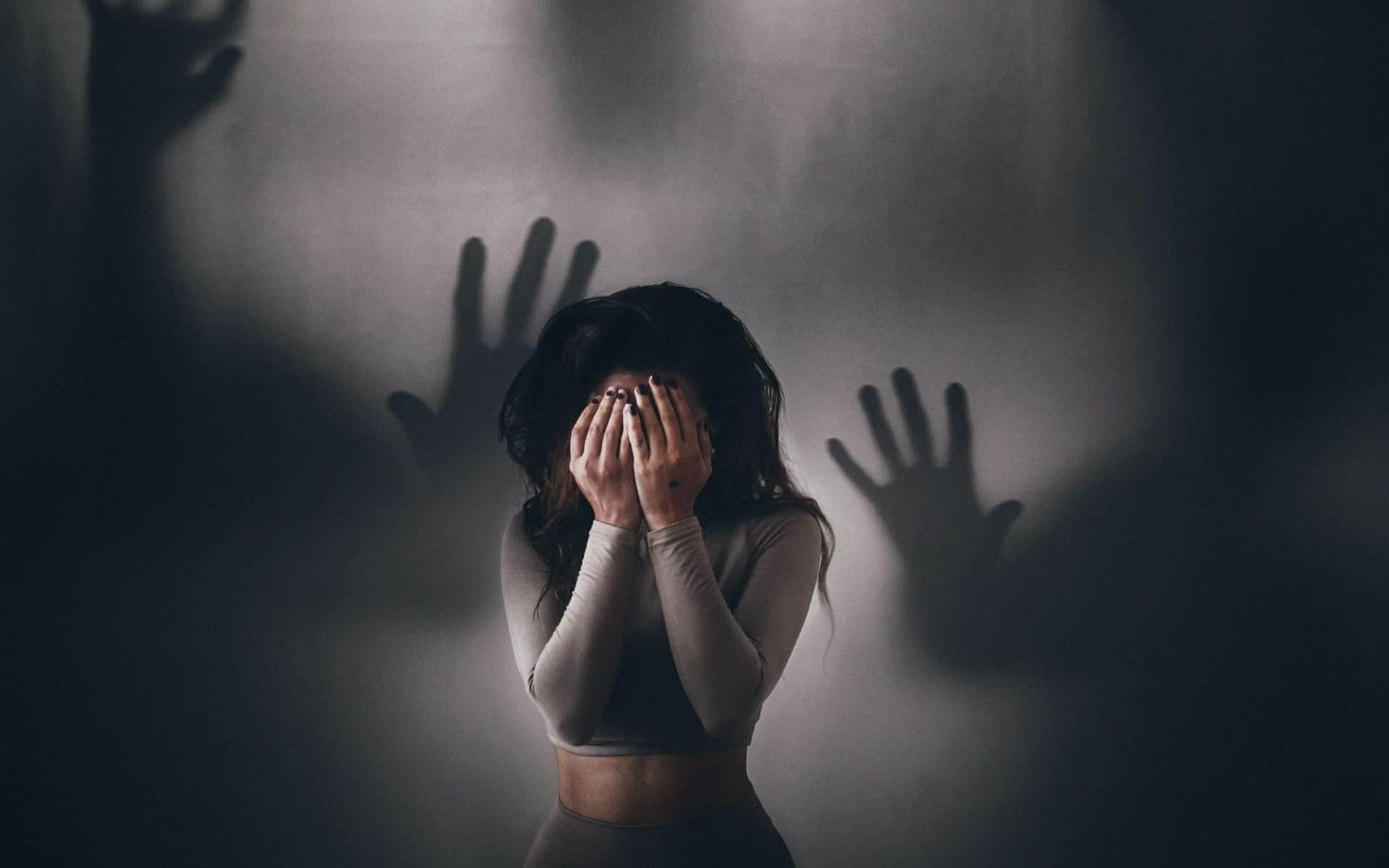Молитва от плохих мыслей – помощь в тяжелые времена