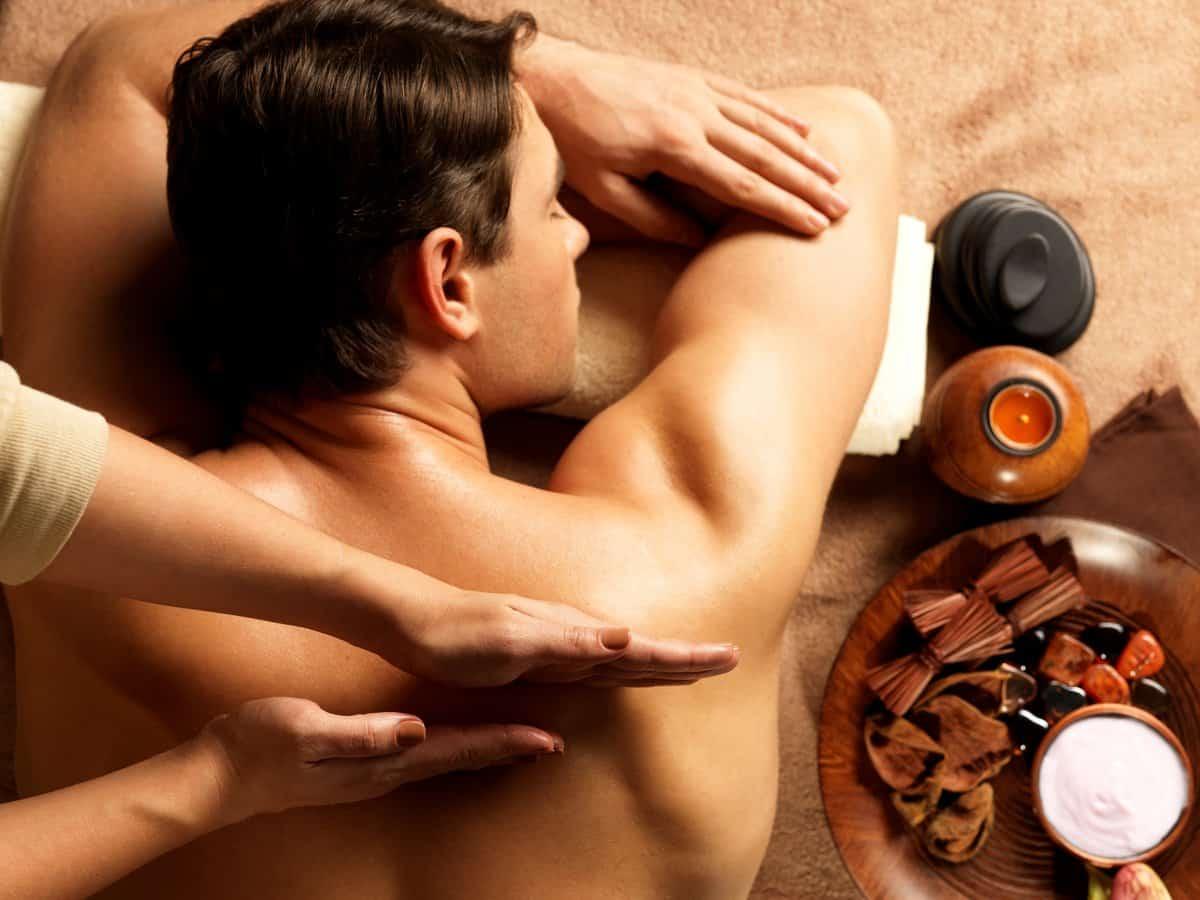побалуйте себя сеансом массажа