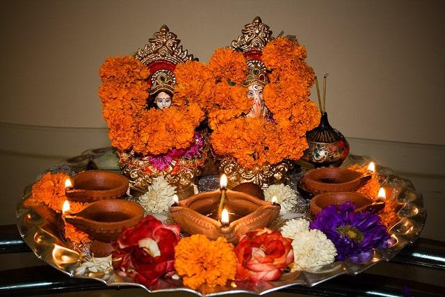 подношения богине Лакшми