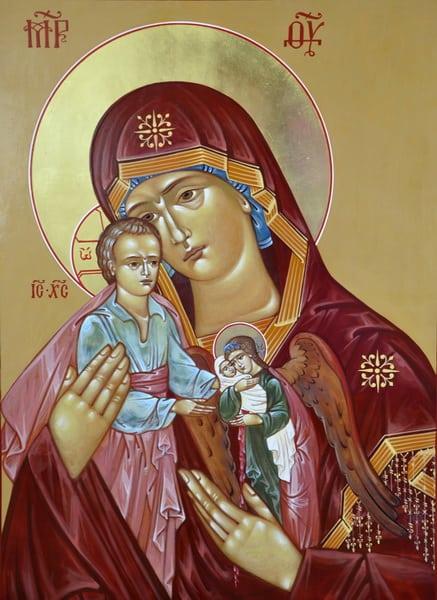 Молитва; Милосердия двери отверзи нам: текст на русском, как правильно читать