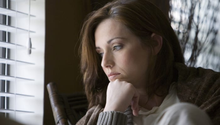 депрессия чаще возникает у женщин