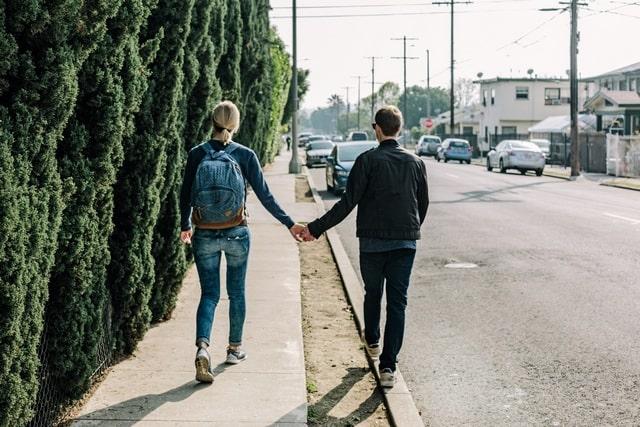 Как пережить расставание с любимым человеком: советы психолога