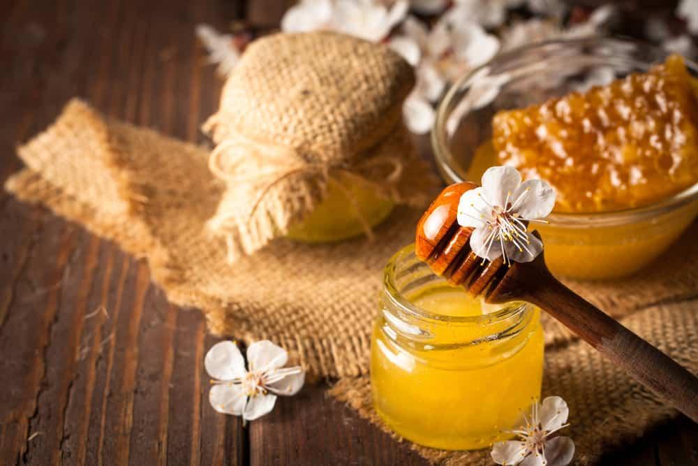 к чему снится мёд