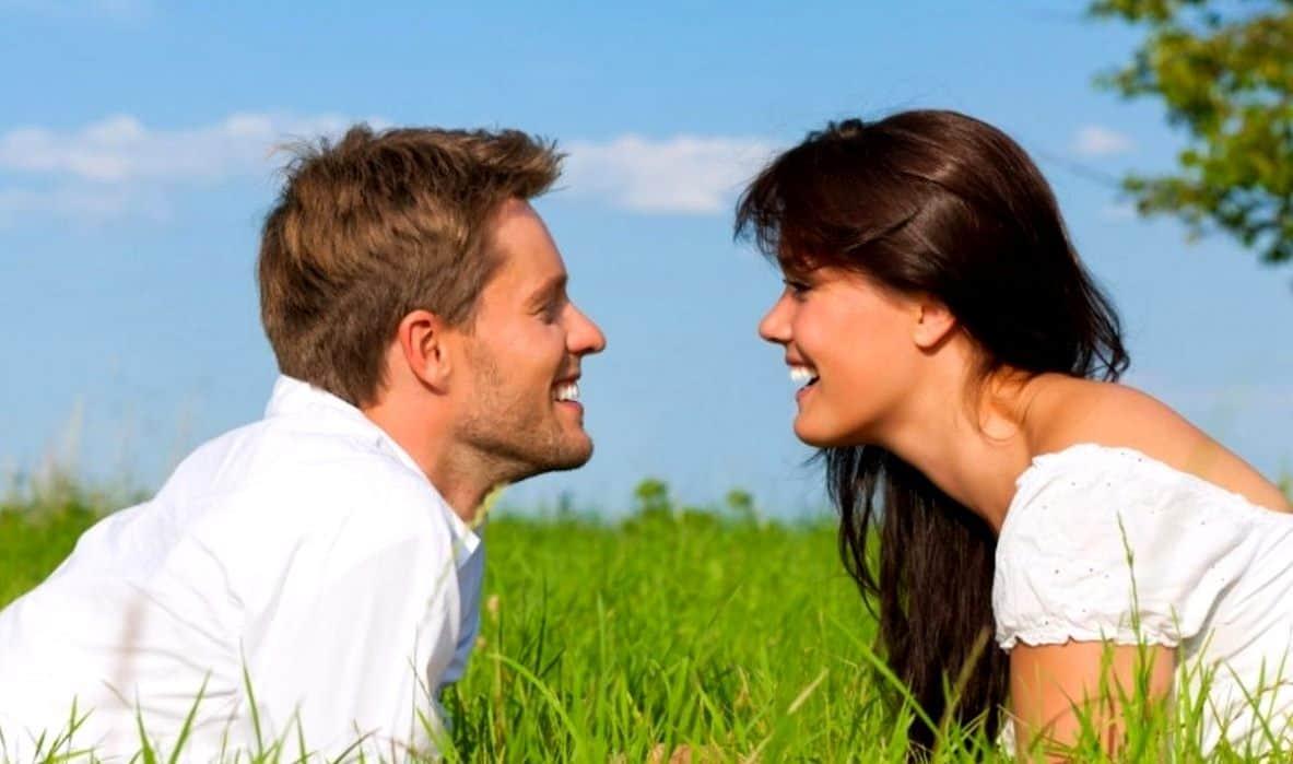 Женщина-Весы и мужчина-Водолей – совместимость в любви, отношениях, браке, сексе, дружбе