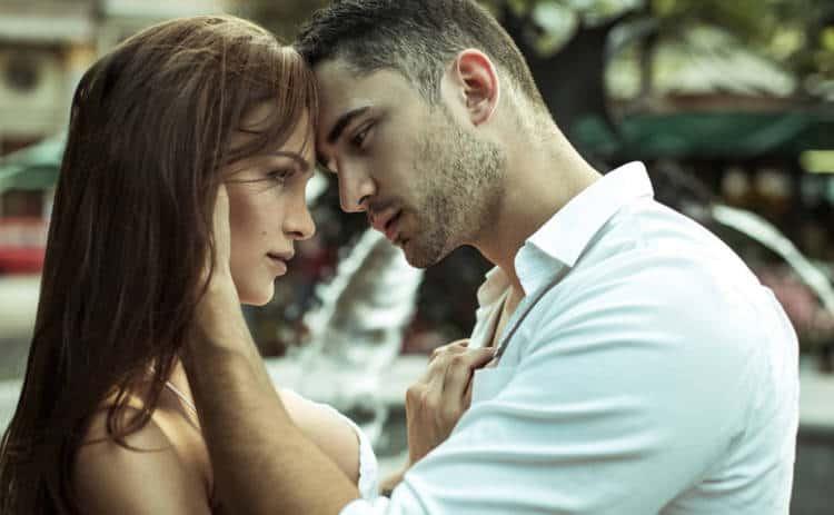 Женщина-Стрелец и мужчина-Рак – совместимость в любви, отношениях, браке, сексе, дружбе