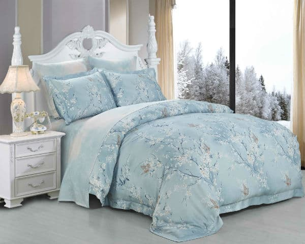 голубое постельное бельё - отличный подарок