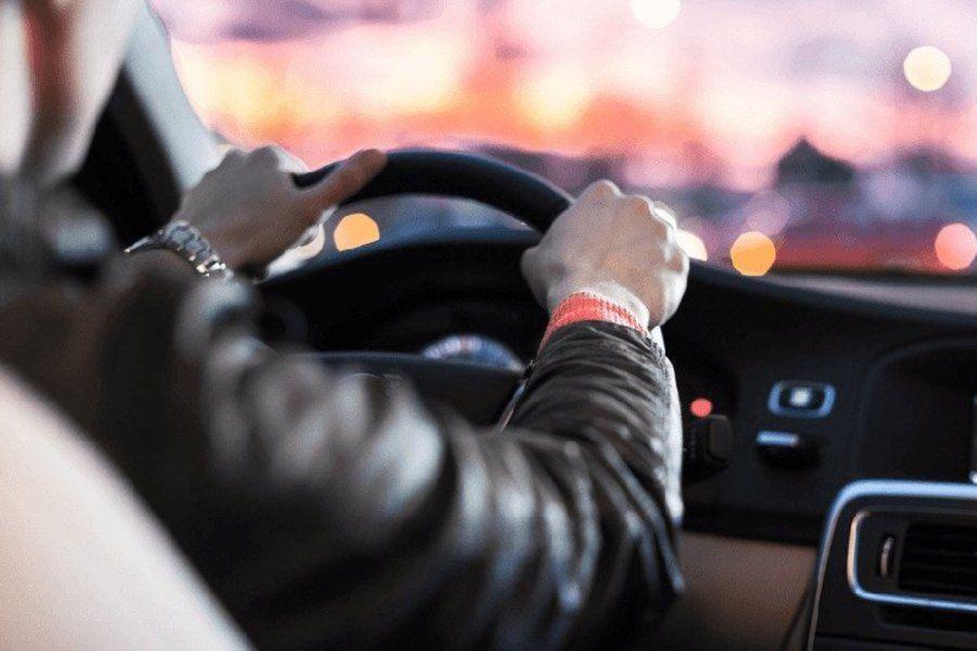 мужчины с таким Меркурием обожают водить авто