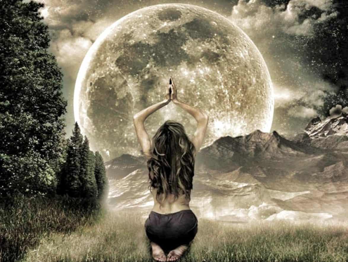 Луна в 6 доме у женщины