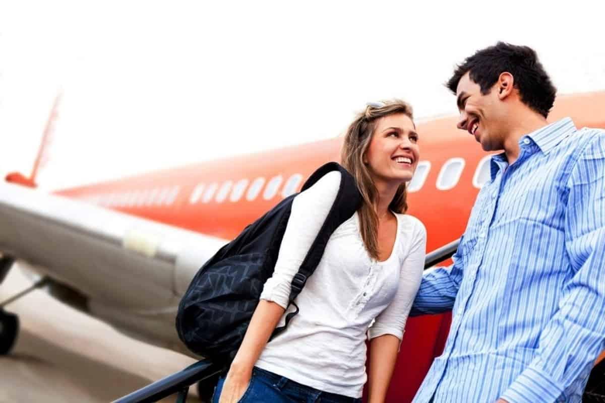знакомство может произойти в путешествии