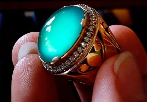 кольцо с жадеитом