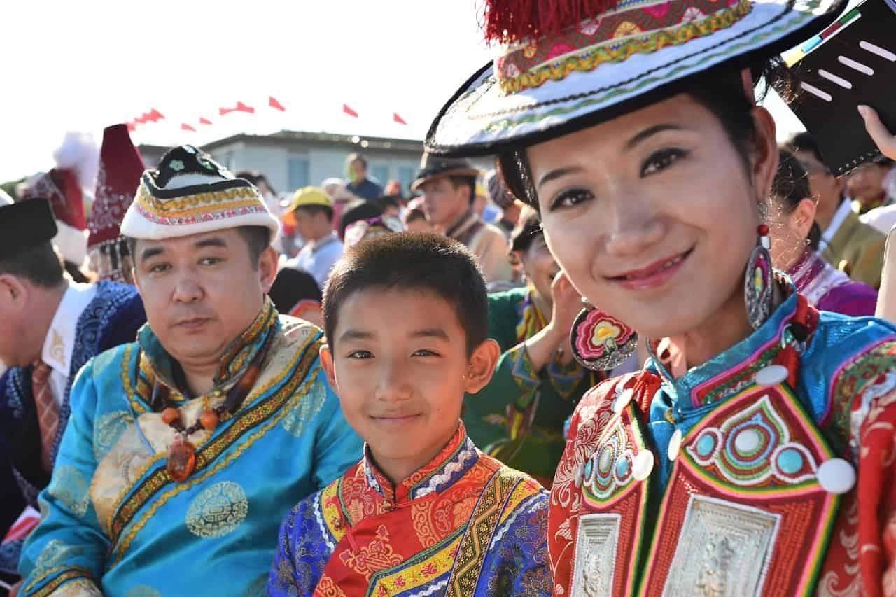 китайцы на праздновании национального торжества фото