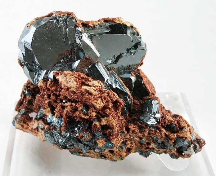 Камень гематит магические свойства и кому подходит