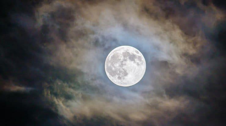 луна фото