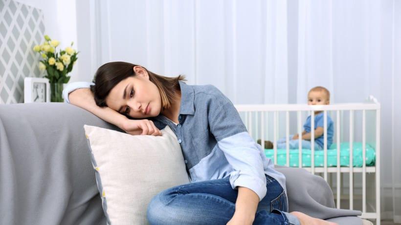послеродовая депрессия - явление нередкое