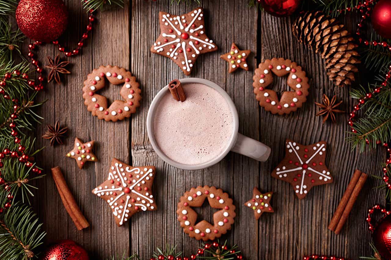 новогодние печеньки и кофе