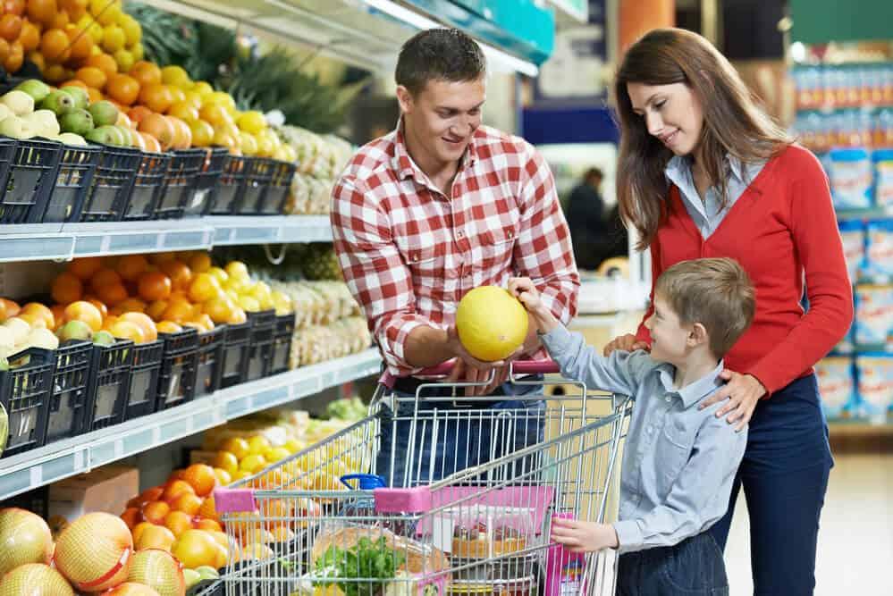 семейная покупка продуктов