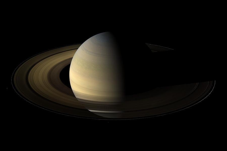 Сатурн в 10 доме у женщины