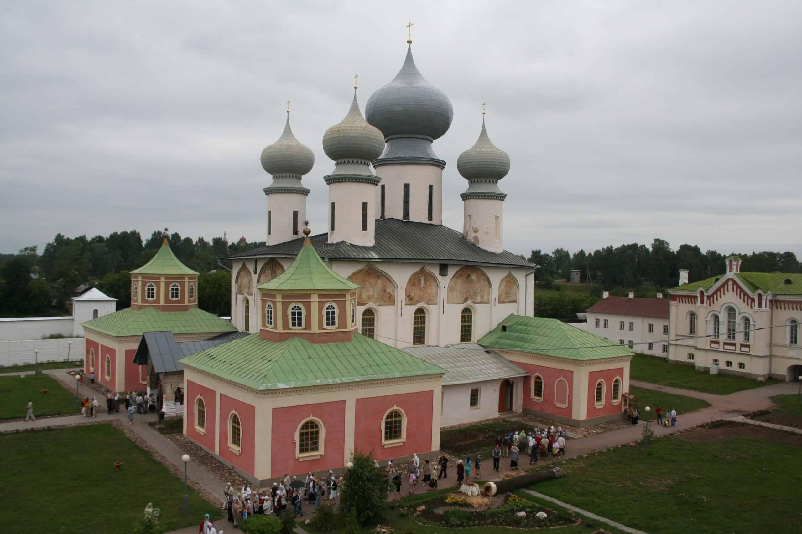 Тихвинский Богородично-Успенский монастырь