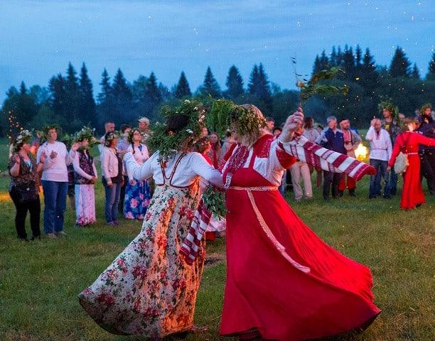 празднование Петрова дня у славян