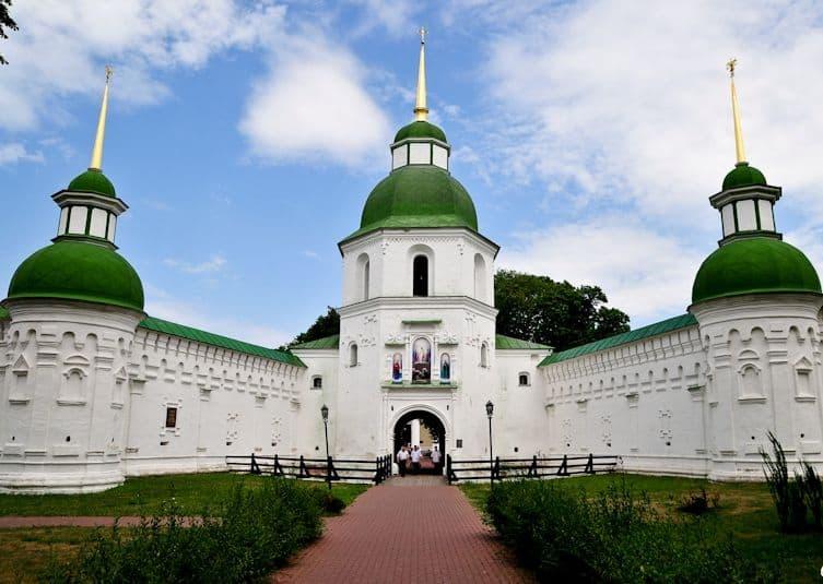Спасо-Преображенский монастырь, Новгород-Сиверский