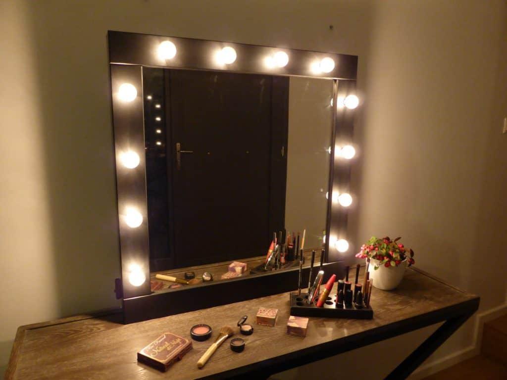 зеркало для визажиста