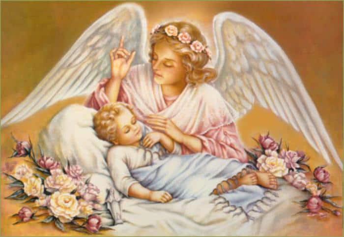 ангел и спящий ребёнок