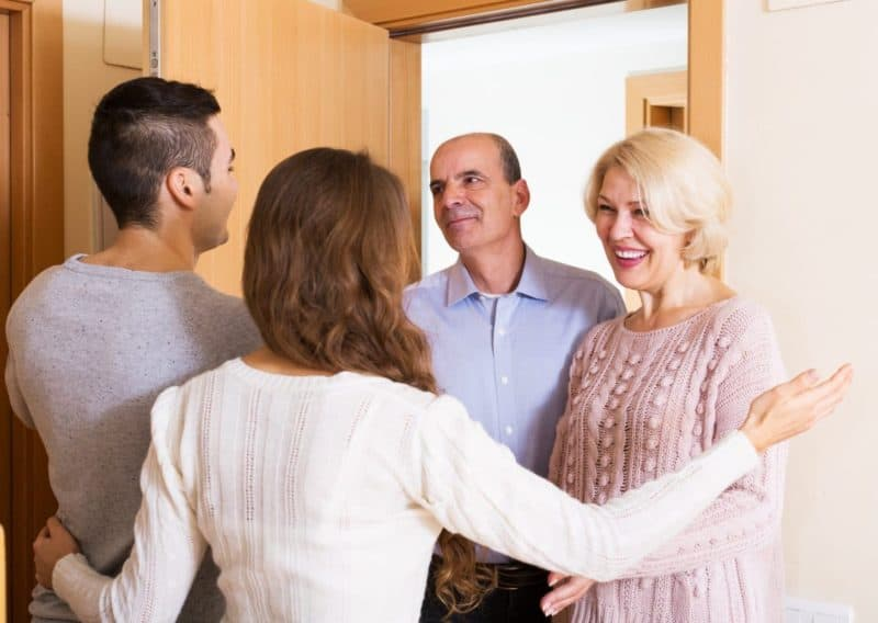 знакомство с родителями парня